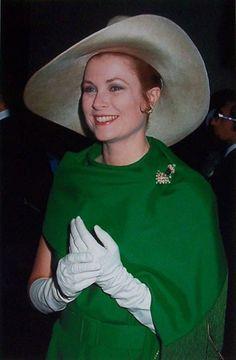 Princess Grace of Monaco (1970) || #SaraWeinstockJewelry #SWGem