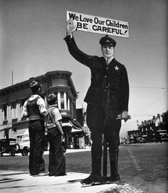 John Gutmann: We Love our children, San francisco, 1935