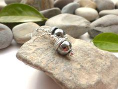 Boucles d'oreilles en hématite et perles d'eau douce, bijoux en pierres fines, bijoux chics et romantiques, boucles hématite créateur : Boucles d'oreille par lapassiondisabelle