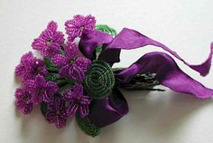 Violets of beads (Russian)