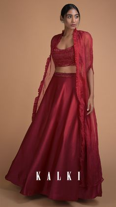 A mix of dark, eclectic colors adds a punch of uber-cool to the sangeet wardrobe of a minimalist wedding guest! Exuding femininity, romance, and understated glamour, these deep-toned lehengas are pure wedding goals!