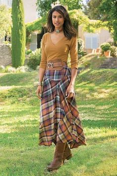 Plaid Skirt - Soft Surroundings offers stylish, luxurious & comfortable women's clothes for every size. Find beautiful shoes and jewelry to match. Feel your best in the softest fabrics from Soft Surroundings. Girly Outfits, Mode Outfits, Fashion Outfits, Fashion Fashion, Fashion Models, Summer Outfits, Mode Style Anglais, Mode Tartan, Long Plaid Skirt