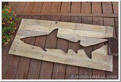 Pallet Art: Shark - Sand and Sisal