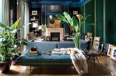 Ditch the chintz, embrace the chinoiserie—Dimore Studio's house for fashion stars Dean and Dan Caten goes for the globe-trotting gold Architectural Digest, Architectural Drawings, Milan Design, Design Trends, Design Ideas, Home Design, Interior Design, London Townhouse, Star Fashion