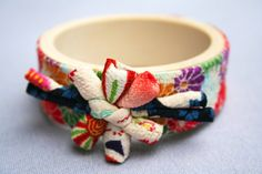 Japanese fabric bangle flowered fabric by ClaireQuillier on Etsy, €24.00