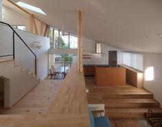 庭と暮らす家: INADE architectsが手掛けたオリジナル家です。