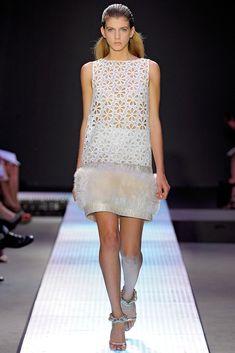 Giambattista Valli Spring 2012 Ready-to-Wear Fashion Show - Caterina Ravaglia…