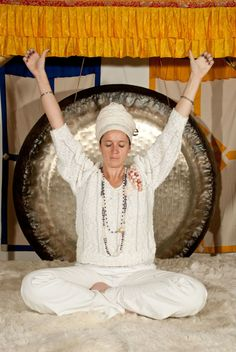 Try This Quick Kundalini Yoga Sequence From A West Coast Guru Hero Image