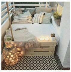 big bed small balcony deco - Home Deco - Balkon First Apartment, Apartment Living, Cozy Apartment, Apartment Ideas, Apartment Design, Patio Ideas For Apartments, Rental Apartments, Living Rooms, Living Spaces