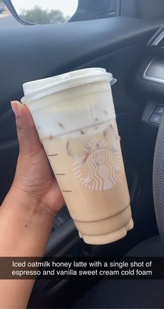 Bebidas Do Starbucks, Healthy Starbucks Drinks, Copo Starbucks, Starbucks Coffee, Starbucks Hacks, Coffee Drink Recipes, Coffee Drinks, Iced Coffee, Fun Drinks