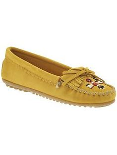 Minnetonka Moccasin Thunderbird II   Piperlime Teacher Clothes, Teacher  Outfits, New Shoes, Moccasins f38063a952
