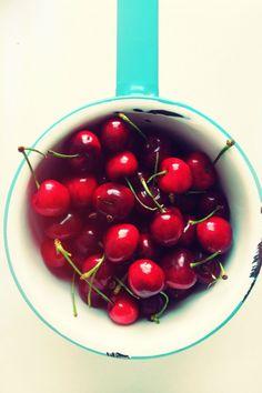 Cherries | Naomi Robinson  #WOWfoodanddrink