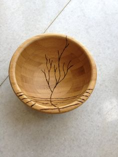 Pyrography project: Bowl with etching of a tree  (I have seen it on the web and had to try it myself, it is very simple work)
