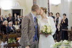 Civil Ceremony - Kiss Bride and Groom | Michela Rezzonico Wedding Photographer #civilceremony #kiss #wedding #matrimonio