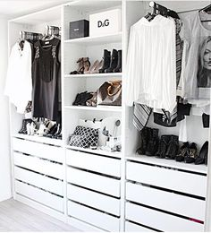 Add style and storage space to your bed room with these open closet designs STYLECASTER Wardrobe Closet, Master Closet, Closet Bedroom, Closet Doors, Open Wardrobe, Small Walk In Wardrobe, Walk In Closet Ikea, Pax Closet, Closet Wall