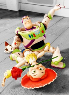 This scene prompted us to use Buzz & Jesse as our wedding cake topper!  : )  <3