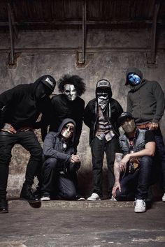 Bloody-Disgusting has teamed up with Hollywood Undead to bring you the chance to win a pair of tickets to see the band on their upcoming tour! Hollywood Undead, Pierce The Veil, Linkin Park, Rap Metal, Fandom, Rock Groups, Black Veil Brides, Day Of The Dead, Man Humor