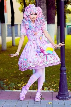 Not too big on over the top sweet lolita but even I can admit she is cute.