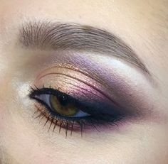 Gold/Purple smokey eye