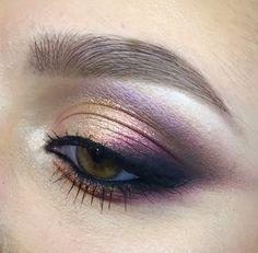Gold/Purple smokey eye