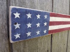 American Flag Sign Pallet Wood Sign Rustic Wood by WoodenPennys Wood Pallet Signs, Rustic Wood Signs, Wood Pallets, Wooden Signs, Americana Home Decor, Americana Crafts, Pallet Flag, Pallet Art, Pallet Ideas