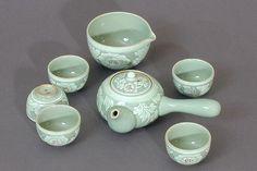 Korean White Lotus Teapot Set
