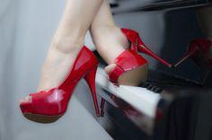 Sur un Air de Piano… ♫ boobs-net:  Find people looking for casual sex