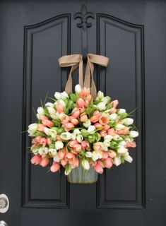 Tulips Farmhouse Door Wreaths Tulips Mother's Day Wreath Easter Wreaths Easter Tulips Trending Wreath You can find this gorgeous tulip bucket along with my French Inspired Lavender Bucket in Front Door Design, Front Door Decor, Wreaths For Front Door, Front Doors, Mesh Wreaths, Entry Doors, Front Porch, Diy Décoration, Diy Crafts