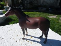 Beswick horse figurine of a chestnut horse by UNIKBOUTIQUE on Etsy, $82.00
