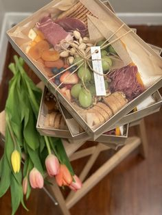 Charcuterie box with soppressara salami, prosciutto, brie, and other mixed cheeses! Charcuterie Gift Box, Plateau Charcuterie, Charcuterie And Cheese Board, Charcuterie Platter, Party Food Platters, Cheese Platters, Party Food Boxes, Vino Y Chocolate, Catering