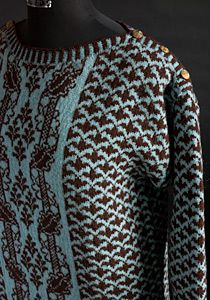 Sweater Härkeberga Vriden Bladbård (Twisted vine border)