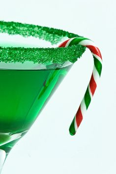 Green cocktail sugar - rim sugar in bulk - 75 glasses - Christmas party drinks - fun drink recipes, directions included