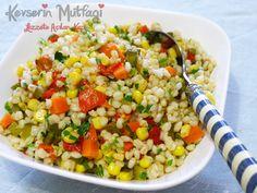 Buğday Salatası Tarifi, Buğday Salatası Nasıl Yapılır, Buğday Salatası Yapılışı, Buğday Salatası Yapımı, Buğday Salatası Malzemeleri  1 su bardağı buğday, 1 su bardağı haşlanmış mısır, 3-4 tane kornişon turşu, İsteğe bağlı havuç turşusu, 1 adet közlenmiş kırmızı biber Kıyılmış yeşillik, Yarım limonun suyu, Zeytinyağ, Tuz.