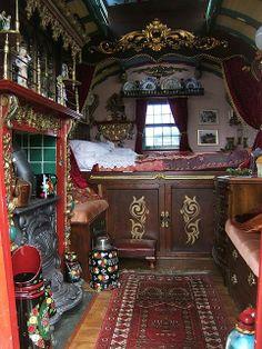 Gypsy caravan, or a Hobbit RV. One does not simply Caravan into Mordor.