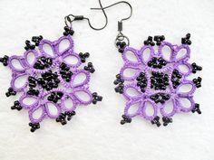 Boucles d'oreille violet en dentelle de frivolite , Boucles d'oreille dentelle violet , Boucles d'oreille faite main : Boucles d'oreille par carmentatting