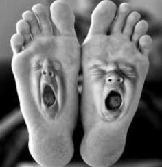 Really Tired Feet.So Tired They're Yawning! Photomontage, Animated Emoticons, Foto Fun, Art Optical, Optical Illusions, Tired Feet, Good Morning Good Night, Weird Art, Baby Feet