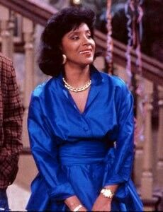 Continuing our Phylicia Rashad infatuation, we're celebrating Clair Huxtable's Most Fashionable Moments from The Cosby Show. Tv Moms, Phylicia Rashad, Hype Hair, The Cosby Show, My Black Is Beautiful, Simply Beautiful, Just Style, Iconic Women, African American Women