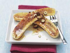 Warme Bananen mit Nüssen und Zimt | Zeit: 20 Min. | http://eatsmarter.de/rezepte/warme-bananen-mit-nuessen-und-zimt