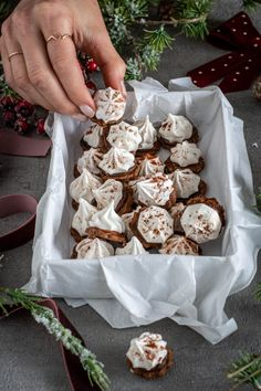 Xmas Cookies, Cupcake Cookies, Cupcakes, Pork Fillet, Caramel, Christmas Desserts, Christmas Time, Sweet Cakes, Cakes And More