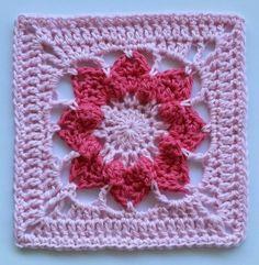 Pinkie pale by Shelley Husband 2014  ~ Free crochet patterns~