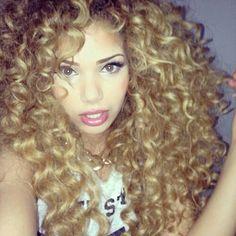 Curly curls everywhere