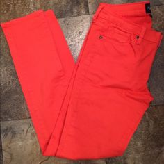 """Lucky brand jeans Like new Coral lucky jeans! Only worn twice and washed once. Very comfortable and pretty true to size but some wiggle room since they're stretchy. Nice and long for tall girls! Called """"Charlie skinny"""". Lucky Brand Jeans Skinny"""