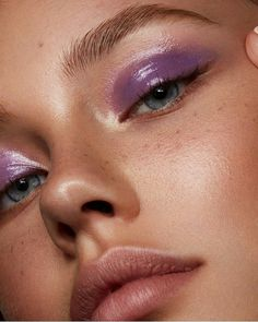 """beauty History of eye makeup """"Eye care"""", put simply, """"eye make-up"""" has long been an Makeup Trends, Makeup Inspo, Makeup Art, Makeup Ideas, Fairy Makeup, Makeup Drawing, Mermaid Makeup, Glossy Eyes, Glossy Makeup"""