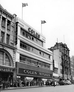 Coles opens in the former Manton's Department Store, Bourke St, On L is former Esquire Theatre (facade believed to exist behind Target today), R is Melbourne Coffee Palace - built 1879 demolished for Hoyts Mid City. William Pitt was architect for both. Melbourne Map, Melbourne Coffee, Melbourne Victoria, Melbourne Australia, Time In Australia, Glass Doors, Department Store, Historic Homes, Landscape Photos