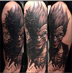 Badass joker tattoo !! P Tattoo, Clown Tattoo, Gray Tattoo, Batman Tattoo Sleeve, Best Sleeve Tattoos, Tattoos For Guys Badass, Dope Tattoos, Clown Horror, Universe Tattoo