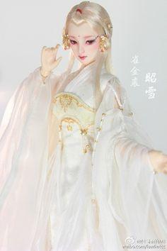 媝娫采集到娃娃系列 Hanfu, Girl Dolls, Game Of Thrones Characters, Disney Princess, Disney Characters, Artwork, Beauty, Dresses, Fashion