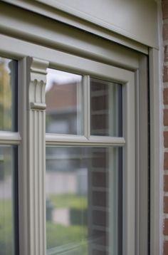 Referentie Ramen Vandenbroucke in Oudenaarde - PVC ramen met sierlijsten - Ramen en deuren Exterior Paint, Exterior Design, Interior And Exterior, Pvc Windows, Windows And Doors, Pvc Ramen, Belgian Style, House Front, Architecture Details