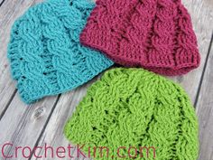 Newborn Crochet Patterns Newborn Cable Beanie By Kim Guzman - Free Crochet Pattern - (crochetkim) Crochet Baby Hat Patterns, Crochet Kids Hats, Crochet Beanie Hat, Beanie Pattern, Crochet Stitches, Knitted Hats, Crochet Gratis, Free Crochet, Crochet Cable