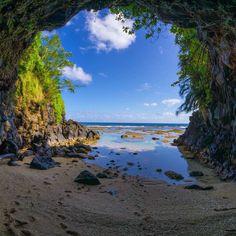 Sea Cave, Kauai, Hawaii. || Photography by @ChampCameron on instagram