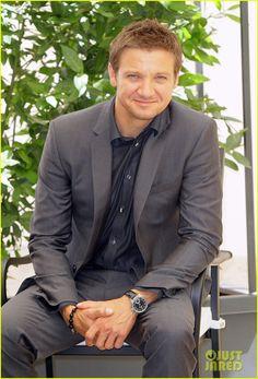 Jeremy Renner Bourne | Jeremy Renner: 'Bourne Legacy' Rome Photo Call! | Jeremy Renner Photos ...